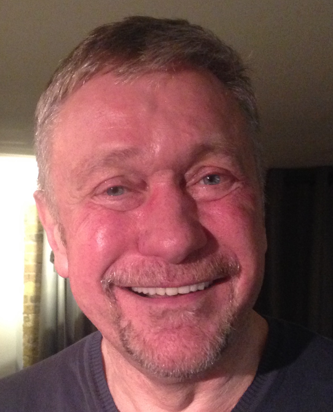 comedian tom kelly proves - HD1165×1442
